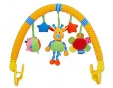 Oblouk s hračkami žirafka