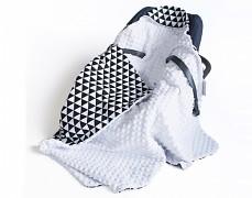 Dětská deka trojúhelníky